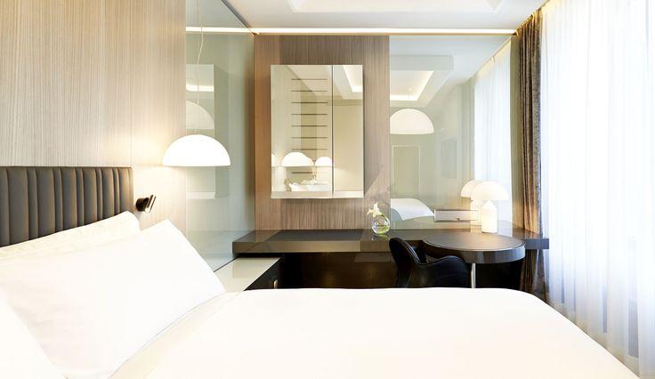 Hotel Gallia torna a splendere con l'impianto elettrico della serie Idea di Vimar. Camera premium.