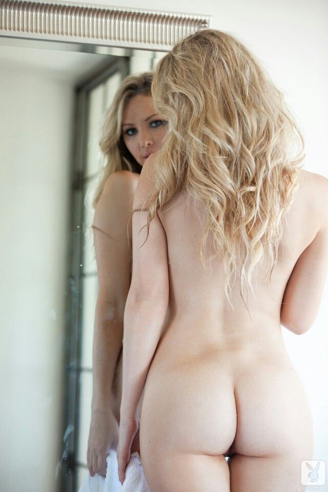 Alluring bimbo takes it in the ass 5