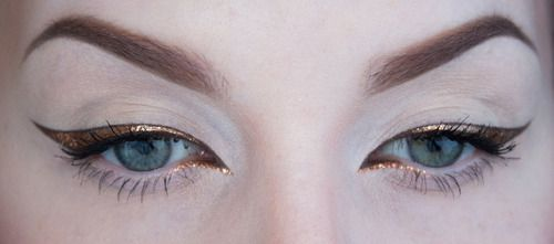 gold winged eyeliner