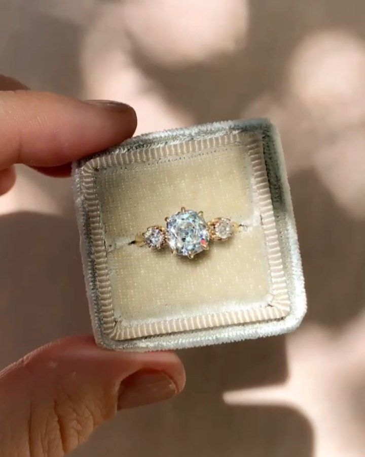 Erstwhile On Instagram Over 100 Years Old And Stunning This Victori Antique Diamond Engagement Rings Three Stone Engagement Rings Antique Diamond Engagement