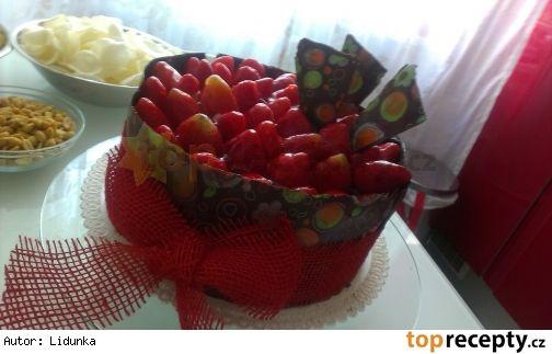 Čokoládovo-jahodový dort s mascarpone .. ten musím vyzkoušet