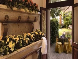 Hotel Abbazia Venice. So romantic and wonderful