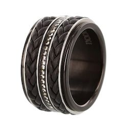 iXXXi ring black leather