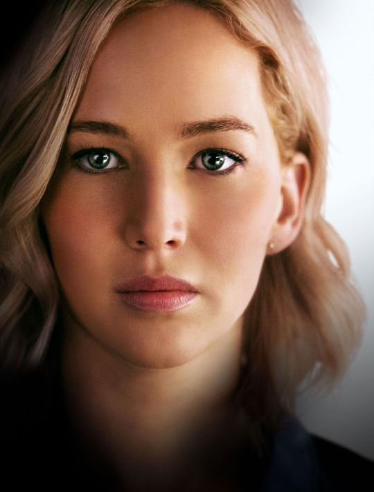 promo picture of Jennifer Lawrence for Passengers