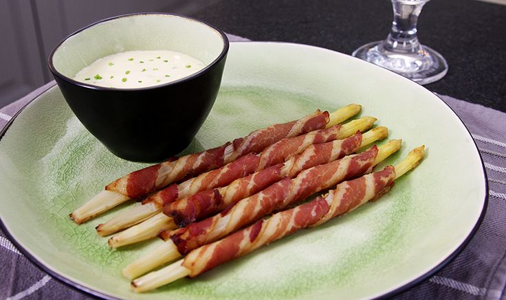 asperges au lard fumé, mayo mousseline