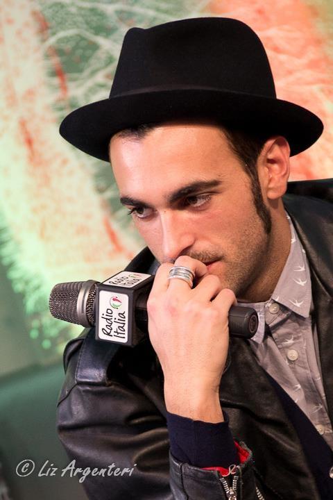 "Eurovision 2013 - ITALIA - Marco Mengoni - ""L'Essenziale"": http:// youtu.be/gwLE6YzUYmE via @ youtube"