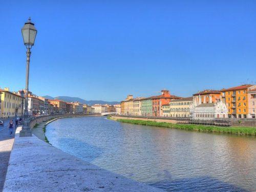 Pisa, Italy  Google Image Result for http://cdn2.gbot.me/photos/Zk/qb/1287038919/Italy__Pisa-Pisa-20000000000071801-500x375.jpg