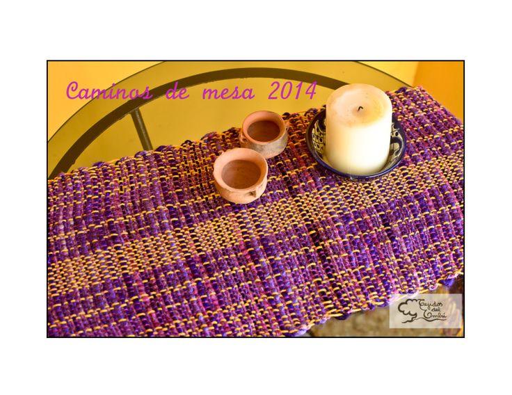 camino de mesa hecho con telar artesanal con lanas e hilos de primera calidad