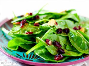 Spinach Salad with Dried Cranberries and Pumpkin Seeds (Blood Type O) - D'Adamo Personalized Nutrition: Newsletter: volume 10, number 08 - August 2013