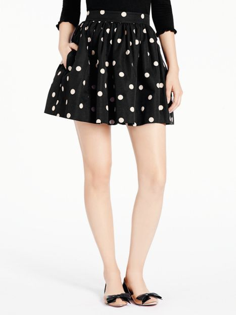What's not to love about a flirty polka dot skirt with pockets?! @katespadeny