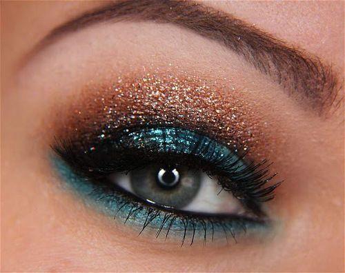 Blue/Copper sparkly eye makeup