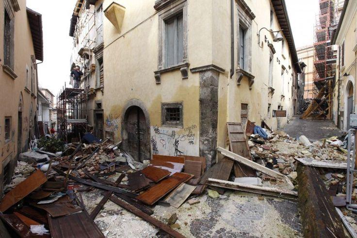 l-aquila-earthquake-006