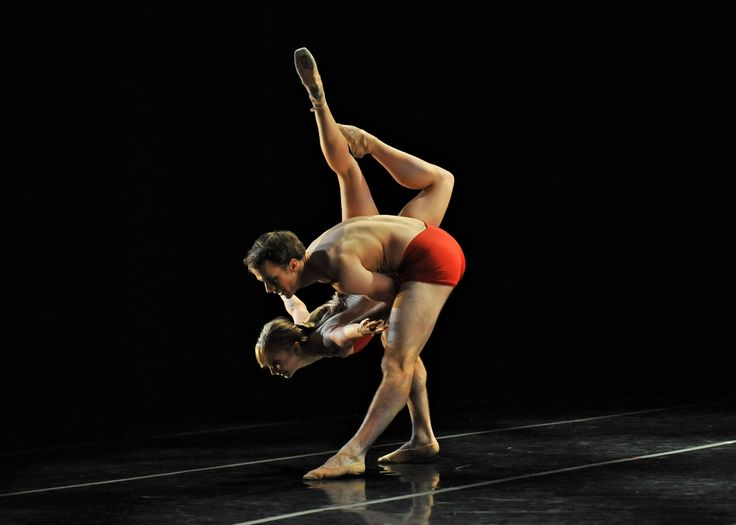 Q-Dance 2015 with RWB company dancer Stephan Possin and RWB second soloist Alanna McAdie photo credit: Peter Quanz