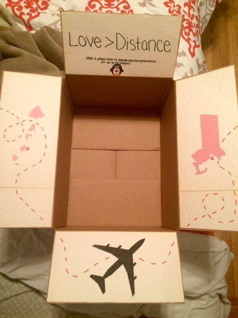 No siempre necesitas llenar la caja para sorprender a esa persona que tanto amas. Basta con una buena idea que salga del corazón.