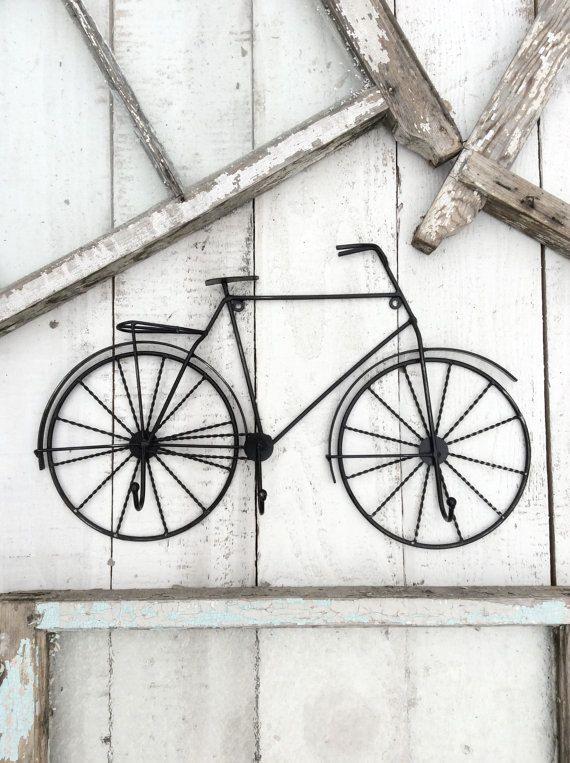 die besten 25 fahrradhaken ideen nur auf pinterest fahrradabstellraum garagenfahrradkeller. Black Bedroom Furniture Sets. Home Design Ideas