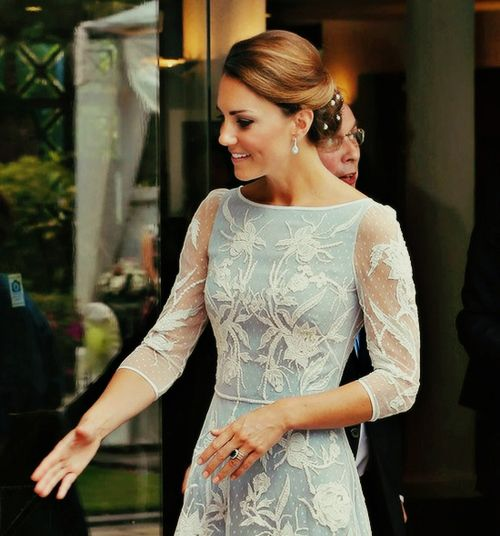 Kate Middleton in Alice Temperley - British High Commission tea party 2012