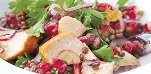 Ρόδι Ελλάς | Σαλάτα με σολωμό, φακές και ρόδι