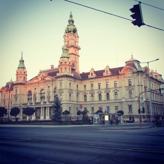 City Hall in #Győr, #Hungary. Isn't it beautiful? Did you #travel here already?