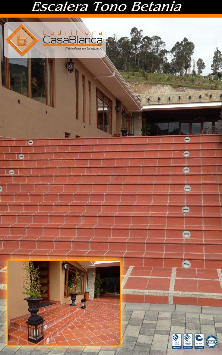 Proyecto Santa Barbara, Gualaceo - Ecuador. Escalera y piso en tono Betania  Naturaleza en tu espacio! www.ladrilleracasablanca.com