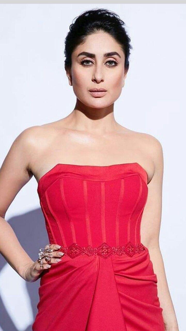 Pin By Umar Akhonzada On Kareena Kapoor Lakme Fashion Week Kareena Kapoor Khan Fashion