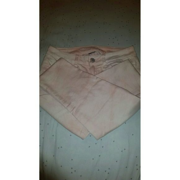 Peach jean pants Peach tinted jeans, small tears on thigh areas as shown above (bought with tears), stretch American Eagle Outfitters Pants
