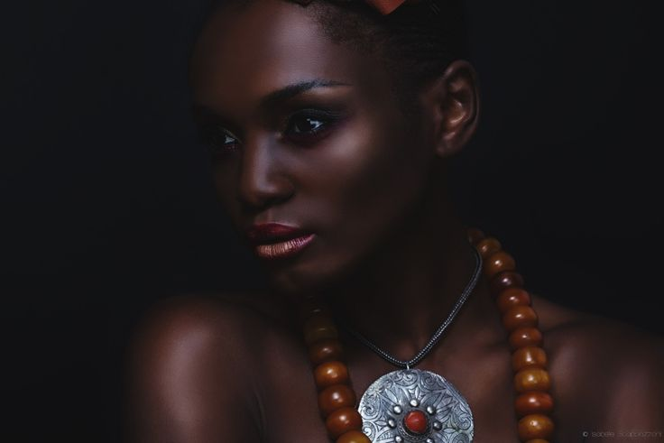 Photographer: Isabelle Scappazzoni /Model: Virginie Keke /MUA: Haddy Senghore/Fashion stylist: Kali Ratan