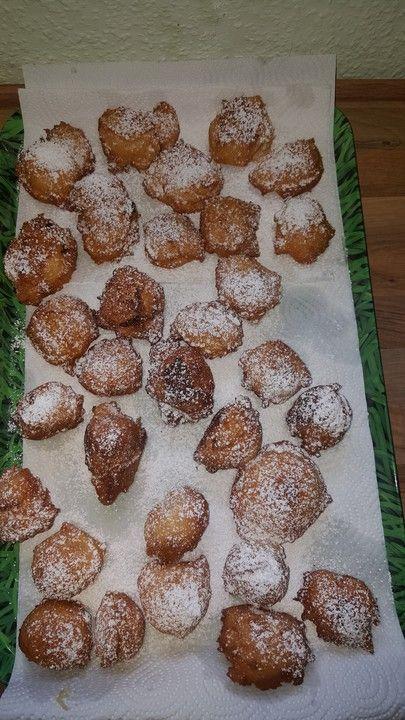 Omas Mutzen, ein schmackhaftes Rezept aus der Kategorie Kuchen. Bewertungen: 31. Durchschnitt: Ø 4,5.