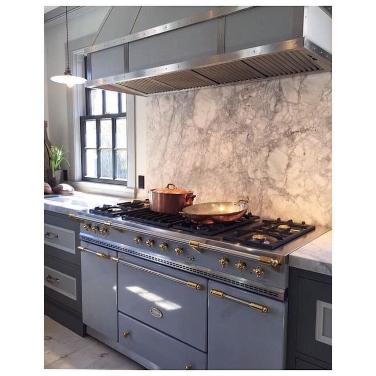 Designer Steven Gambrel S 8 Favorite Kitchen Designs: Steven Gambrel In Sag Harbor