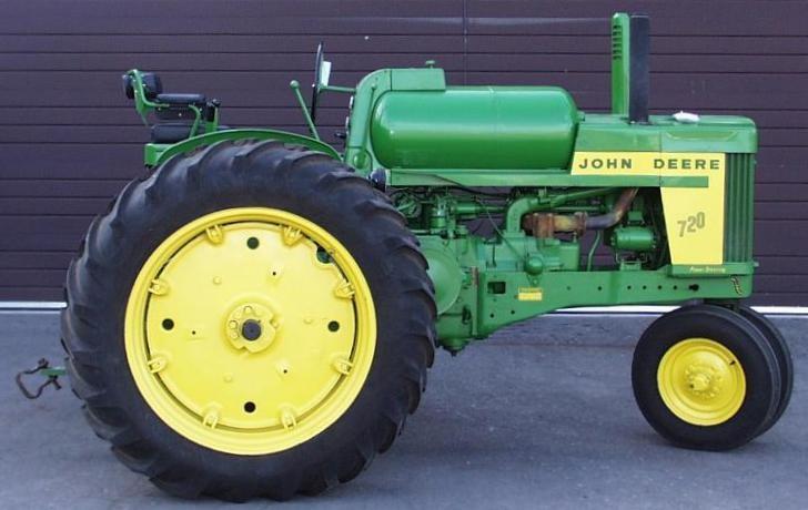 1957 John Deer Tractor