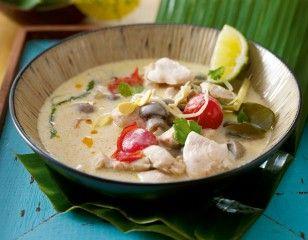 Das Rezept für Tom Khaa Gai (Hühnersuppe mit Kokosmilch) und weitere kostenlose Rezepte auf LECKER.de