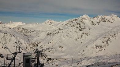 Albona - Blick vom Bergrestaurant in Richtung Valluga, Alpe Rauz, Stuben und Zürs am Arlberg
