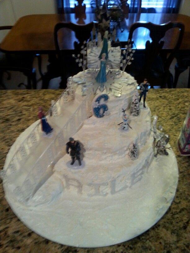 Disney  FROZEN Birthday cake. Made this for Riley's 6 th Birthday.