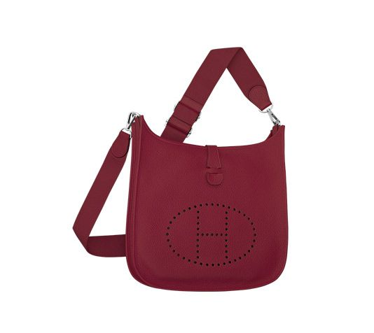 Evelyne III Hermes shoulder bag in ruby taurillon clemence leather ...
