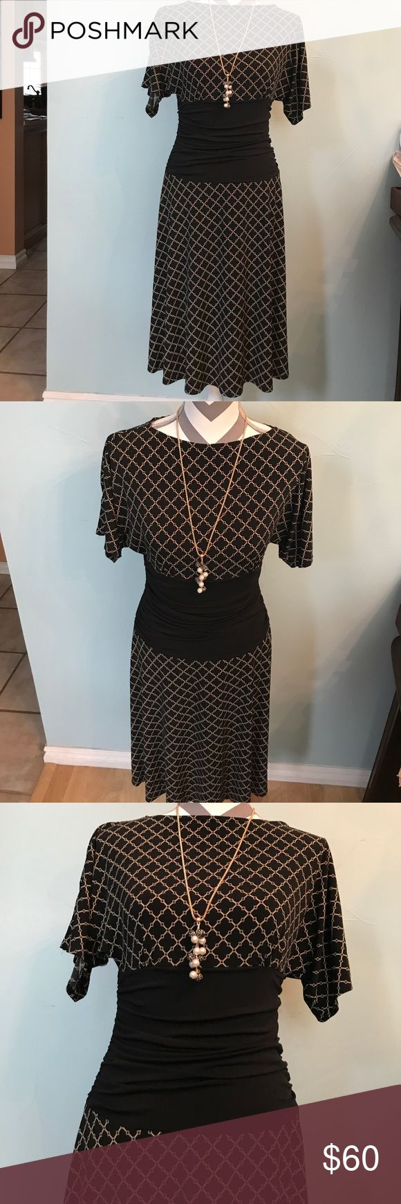 Sexy Donna Morgan with clover print midi dress Sexy Donna Morgan with clover print midi dress! Perfect condition!!!! NO TRADE! Kindly check more Bags, Shoes,tops,skirts,dress etc. Waiting for you! Donna Morgan Dresses Midi