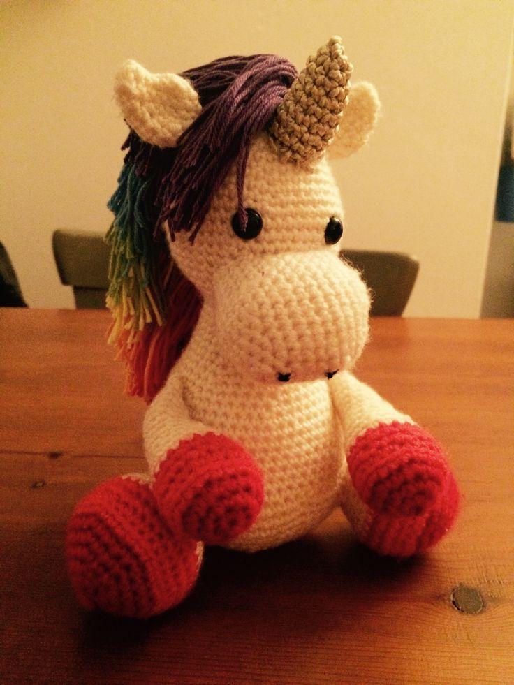 Unicorn! Gehaakt op basis van patroon Paard Lucky via www.littlemuggles.com   crochet   haken   amigurimi