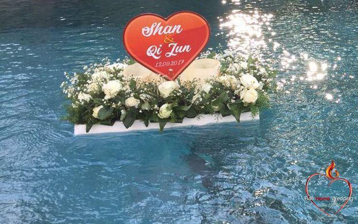 #ArtsOfWedding  #BaliHomeWedding #LombokWeddingPlanner #Bridal #IChooseYou #BigLove #WeddingDresses #WillYouMarryMe #BridalTable #DinnetSetUp #LayOutWedding #DanceFloor #WeddingEntertaiment #LoveOnStage