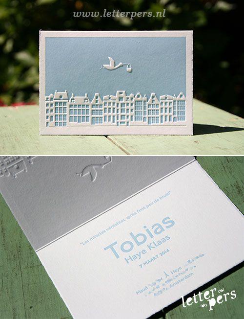 letterpers_letterpress_geboortekaartje_-tobias_gevels_preeg_ooievaar_lichtblauw_lief