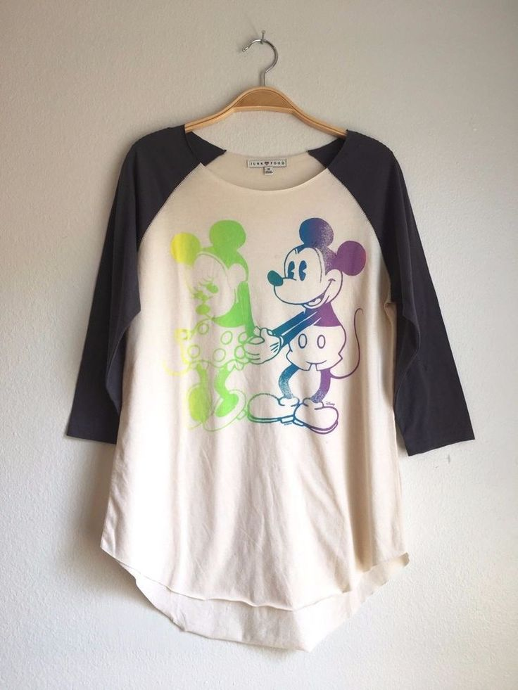 JUNK FOOD Clothing Women's Vintage Disney Mickey Minnie Raglan Top Tee M $65 #JunkFood #Vintage #Casual