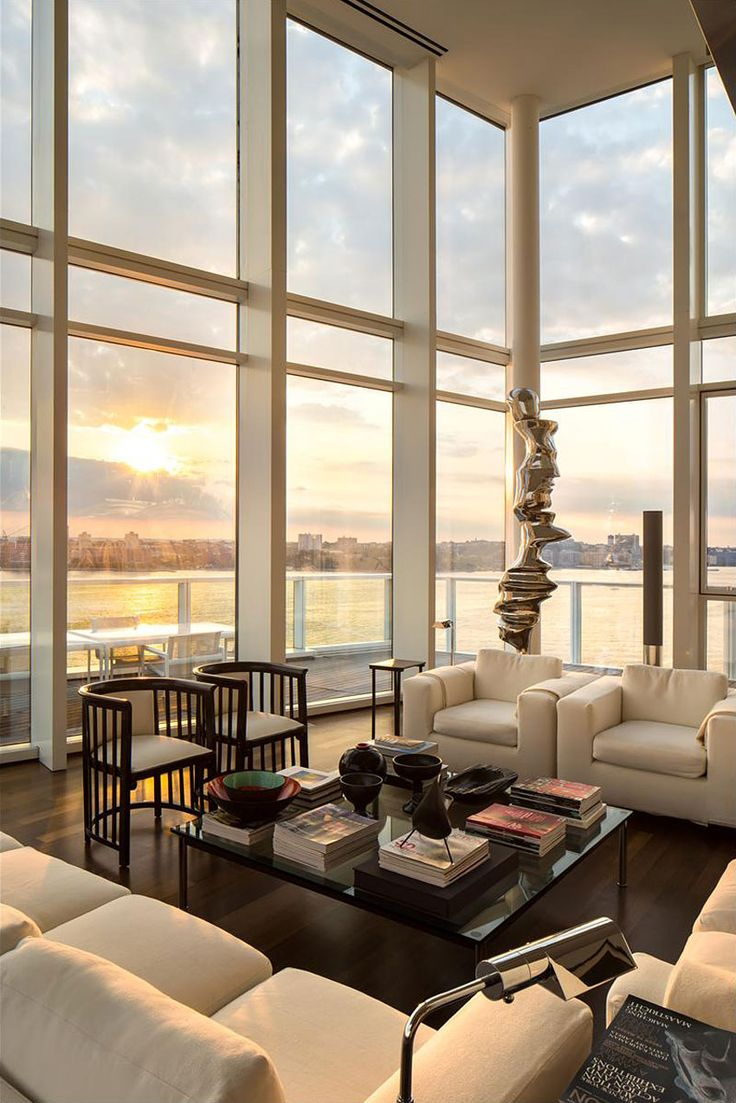 Elegance in the Meatpacking District NYC by architect Richard Meier ...repinned für Gewinner!  - jetzt gratis Erfolgsratgeber sichern www.ratsucher.de