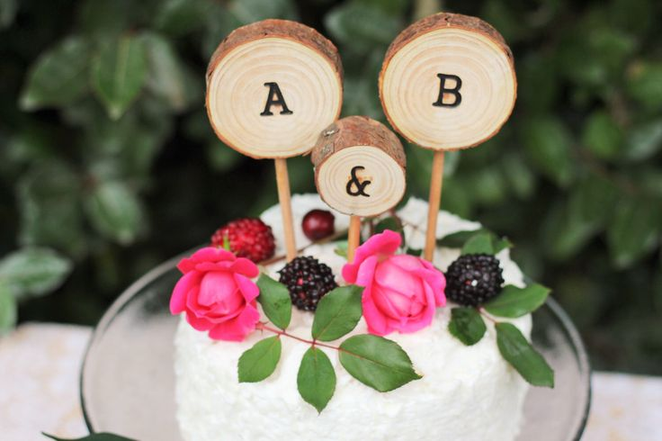 Cake Topper with initials, wood cake topper, wedding cake topper, rustic cake topper by RosyLilyCakeToppers on Etsy https://www.etsy.com/listing/241440010/cake-topper-with-initials-wood-cake