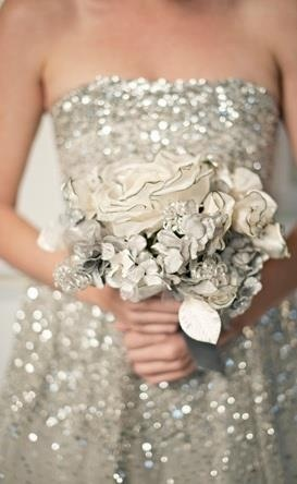 Silver glitter for bridesmaids....I would so be jealous of the bridesmaids... I want a sparkle dress!!!!