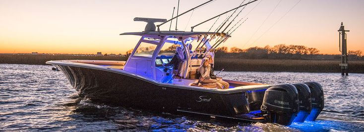 Scout 350 LXF Center Console Fishing Boat