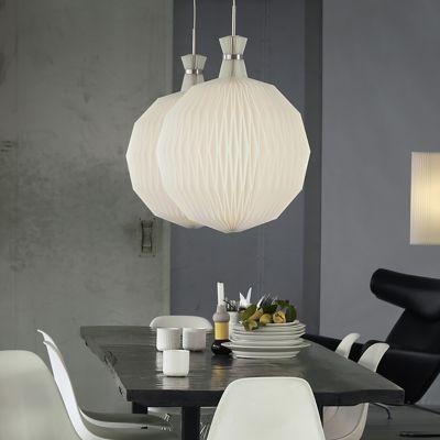 Find de smukke Le Klint Frugtlygten lamper på Luksuslampers webshop: http://luksuslamper.dk/shop/le-klint-frugtlygten-487c1.html