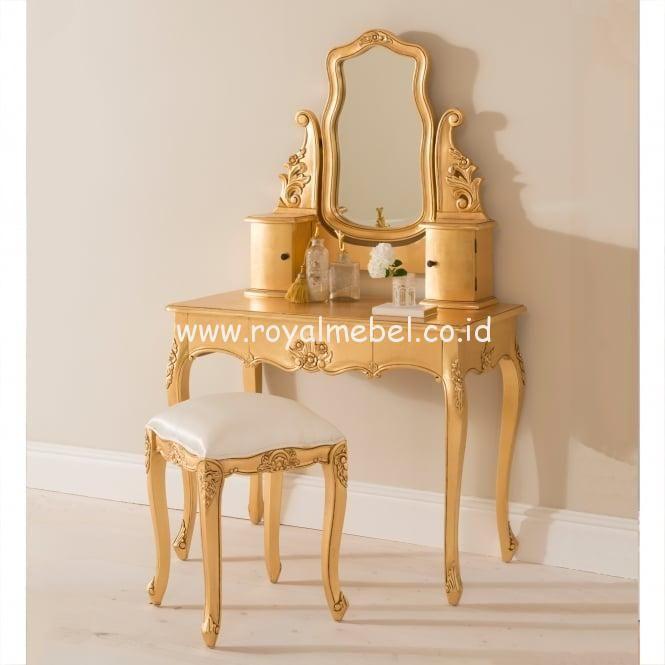 Meja Rias Klasik Mewah Terkini Jual Meja Rias Klasik Mewah Terkini Ukuran : Panjang 90m x Lebar 45cm x Tinggi 75cm + 1 pics kursi stool. Material : Kay