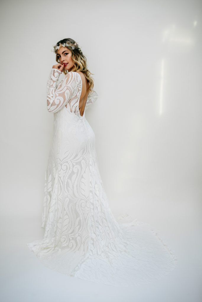 4be2c43a3577 This is the Best Bridal Boutique for Plus Size Wedding Dresses ...