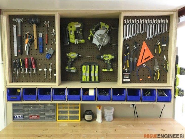 Ah! E se falando em madeira...: porta ferramentas