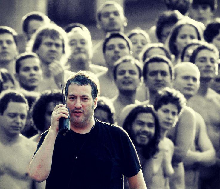 WHBC-GR: Spencer Tunick: Ο φωτογράφος που ξεγυμνώνει, κυριολεκτικά, τους πολίτες…