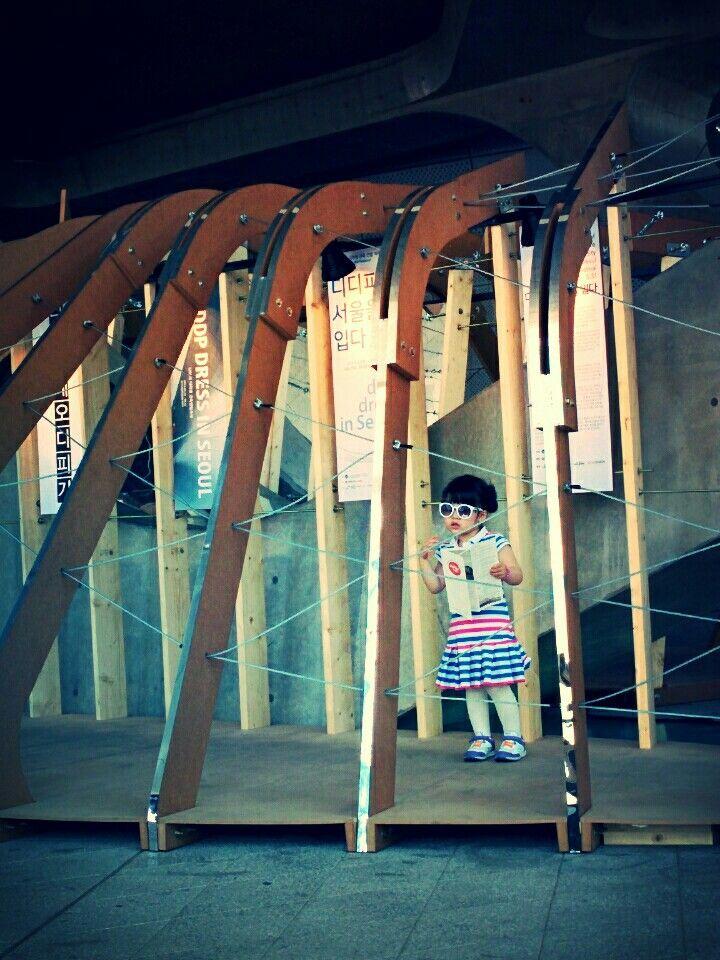 2015 UAUS  DDP, dress in Seuol  Kookmin University Pavilion  Dongdeamun Design Plaza  05.23-05.31 School of Architecture Kookmin University