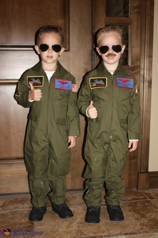 Maverick and Goose - Halloween Costume  Okay I don't really celebrate Halloween, but how cute would Owen look dressed like this? Maybe a Top Gun birthday party ;)