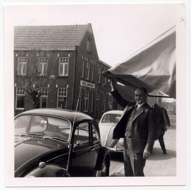 From the family album. Photo dated 09-01-1965. #VW #Beetle #vintage #Realvintage #JanWolters #Lichtenvoorde #Dijkstraat25-27 #Herenmode #Kleermaker #HotelIndustrie #DT-46-03